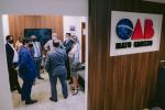 Capa do Vídeo: Diretores da OAB-MT recepcionam profissionais da advocacia na reabertura do Fórum de Cuiabá